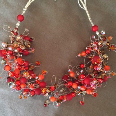 00163 Tour de cou, perles diverses et cristaux Swarovski