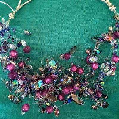 00168 Tour de cou perles diverses et cristaux Swarovski