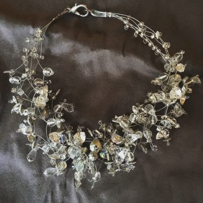00175 Tour de cou, perles en verre et cristaux Swarovski
