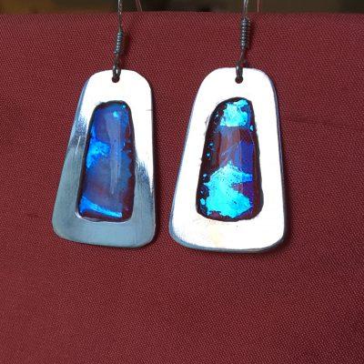 00315 Boucles d'oreilles argent 925 et résine opalescente