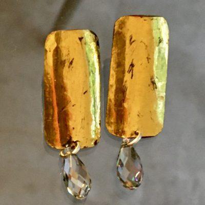 460 Boucles d'oreilles argent oxydé, feuille d'or et perles Swarovski